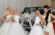 typy na svadobné šaty, svadobná výzdoba auta, limuzína